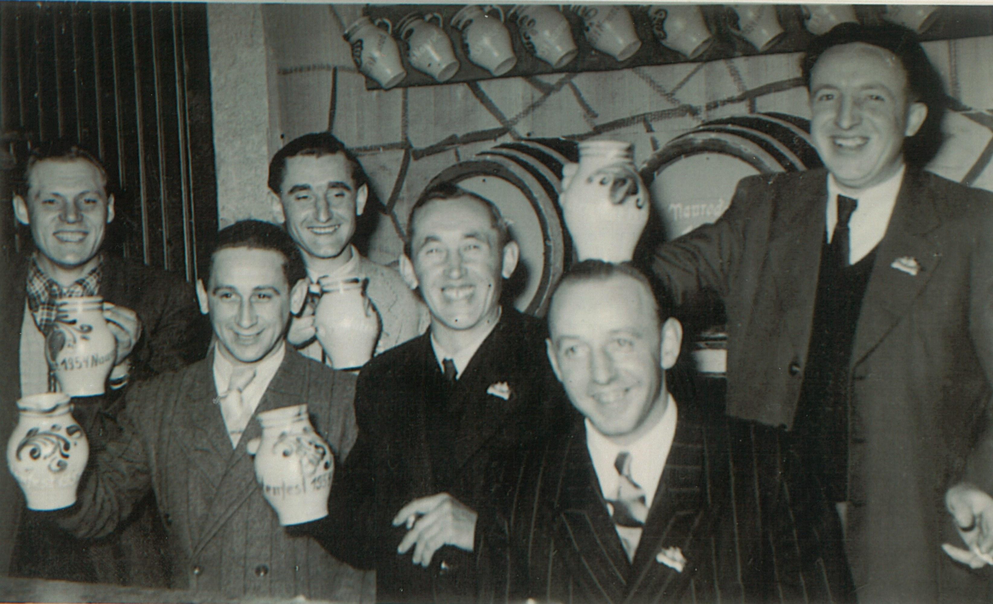 1950iger- Laufende Qualitätskontrolle beim Blütenfest mit Edgar Beltz-Otto Becht-Rudi Beltz-Willi Sand-Adolf Nickel und Karl Beltz
