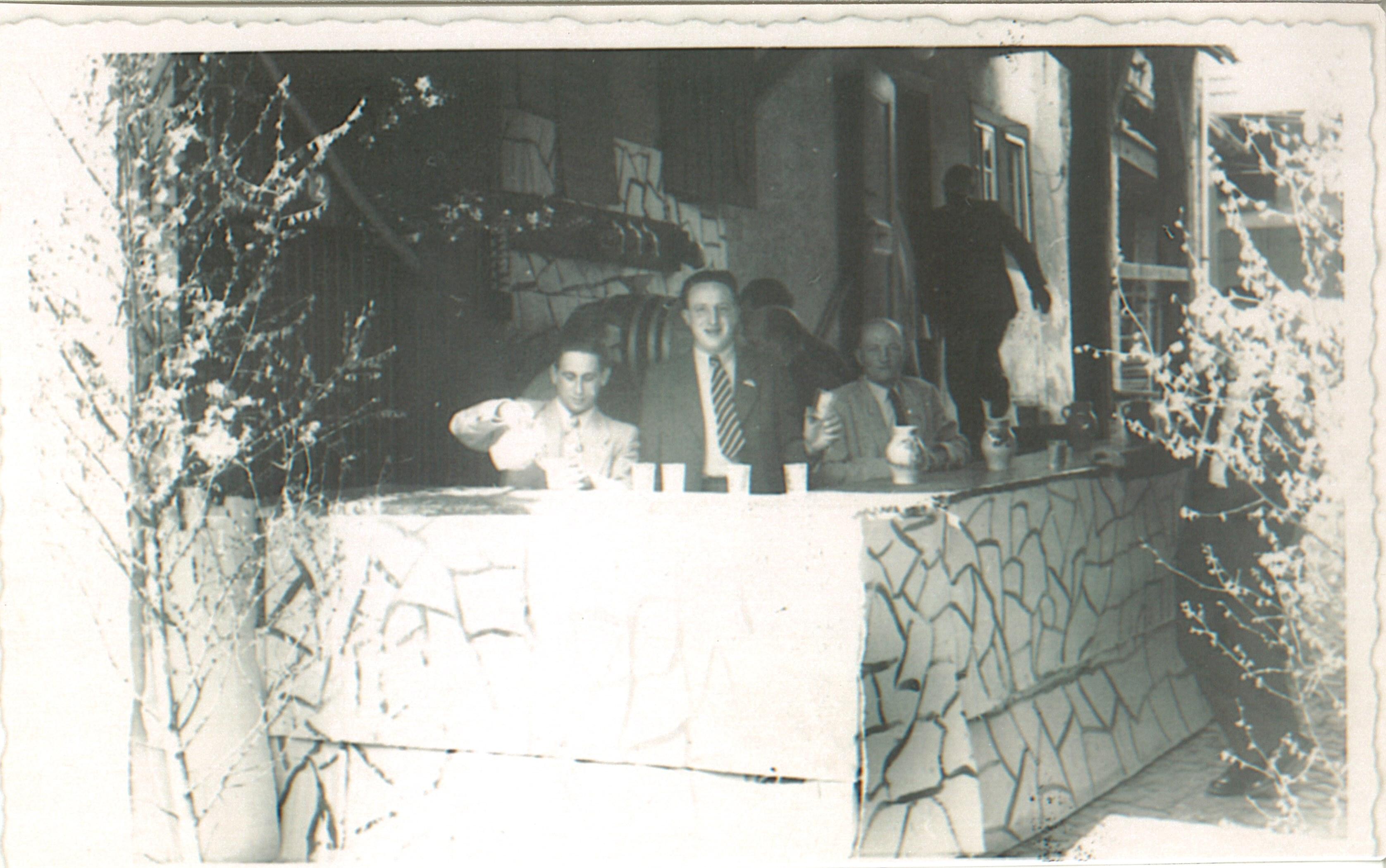 1950iger- Thekenbetrieb beim Blütenfest mit Otto Becht und Karl Beltz-Ohle-Beltze-Nickel-Karl